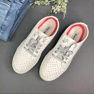 Steve Madden JDiamond Sneakers Girls 5 / Women 7
